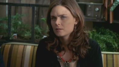 Brennan Emily Deschanel bones